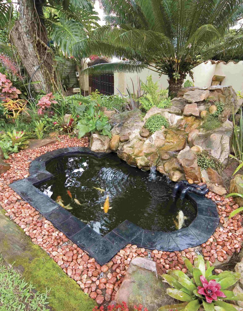 Fibreglass water feature ponds for Diy outdoor fish pond